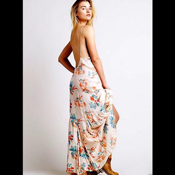 ccb1f6a5da Free People nude tan floral Slip Maxi Dress NWT M
