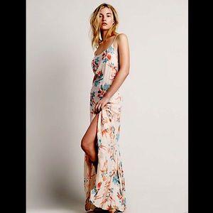 9ea7d37ca7 Free People Dresses - Free People nude tan floral Slip Maxi Dress NWT M