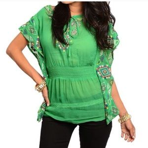 💸Final Offer💸NEW Bright Green Embroidered Top