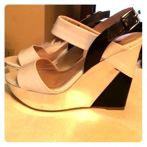 Adorable colorblock wedges