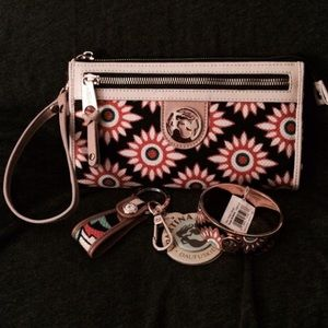 Spartina 449 Handbags - AUTHENTIC SPARTINA 449 WRISTLET AND ACCESSORIES
