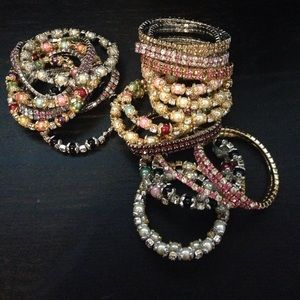 Other - Girls bracelets (25 pieces )