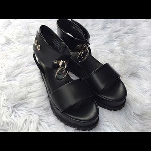 UNIF Vault Platform Sandals