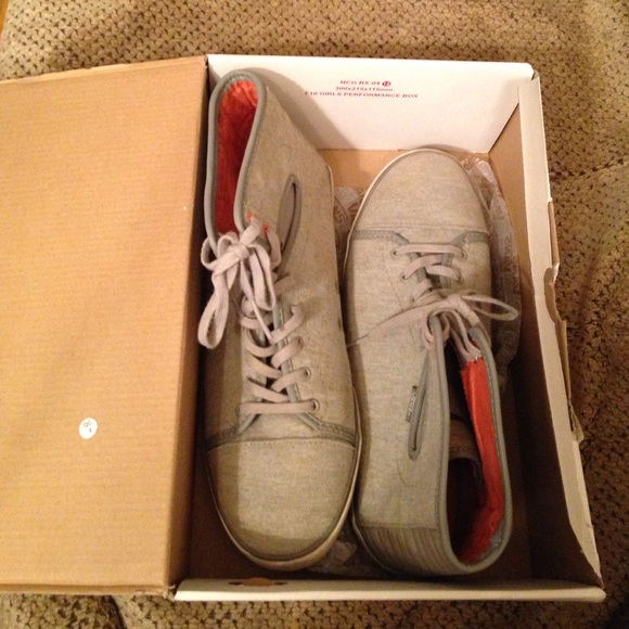 vans hadley womens shoes