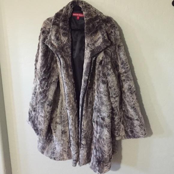 45c89943ced Kristen Blake Jackets   Blazers - Women s plus size luxurious faux fur coat