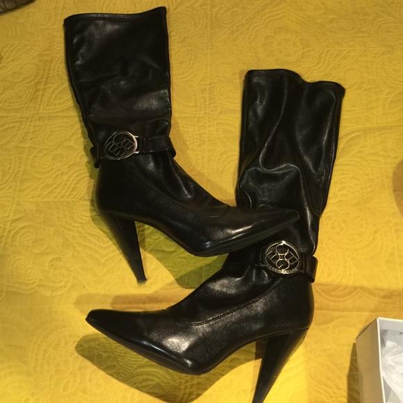 bcbg bcbg boots from sherrie s closet on poshmark