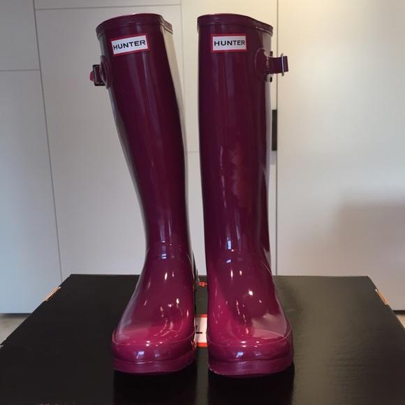 63197fba6e3f Hunter Rain Boots  Huntress Gloss wide calf