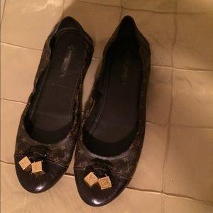 e66929f9c36b Louis Vuitton Shoes - Louis Vuitton Monogram Ballerina flats