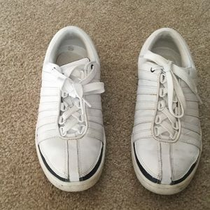 K-Swiss Shoes - K-Swiss White Sneakers Boys size 5  = girl 7