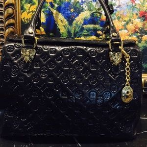 Mario Orlandi Handbags - 💋️NWT MARINO ORLANDI BLACK LEATHER HANDBAG💋