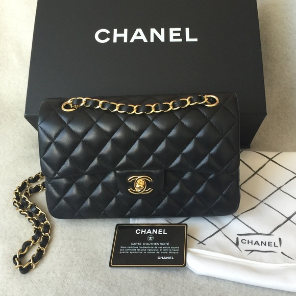 🎉🎉SOLD Chanel small classic flap bag 9f318c04477e9
