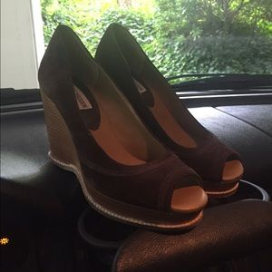 Shoes - Steve Madden brown suede