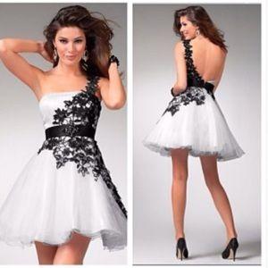 Dresses & Skirts - BEAUTIFUL homecoming/prom dress!!!