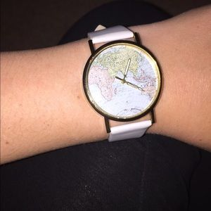 Cute world map watch!!