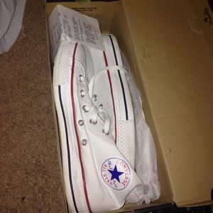 *Do NOT Buy* White high top converses