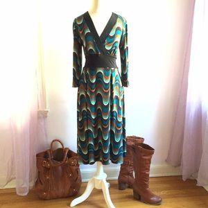 Wave Print Faux Wrap Midi Dress