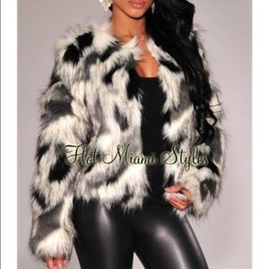 ‼️NEW Black White Grey Faux Fur Long Sleeve Jacket