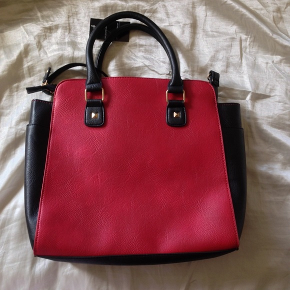 59% off Wilsons Leather Handbags - New black & red medium sized ...