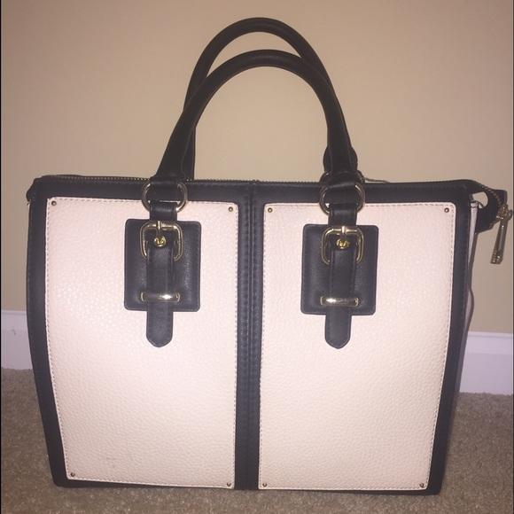 5c93c6de7ab ALDO Handbags - White and Black Aldo Bag