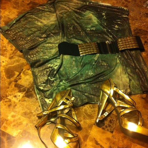 43 dresses skirts green and gold dress with belt
