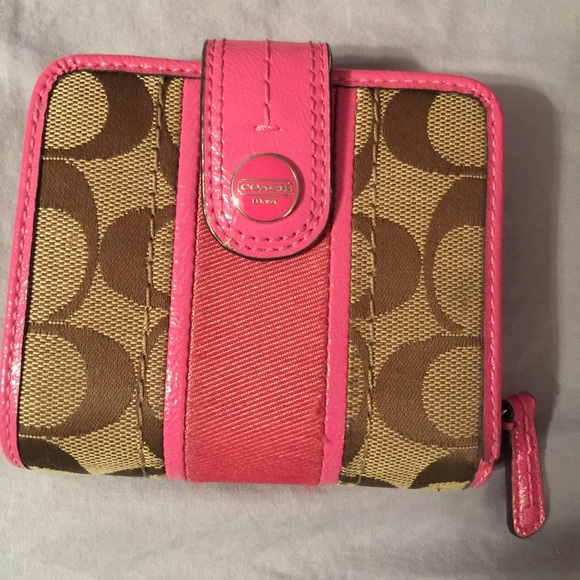 9533ab4e2f top quality pink and brown coach wallet 20263 fb556