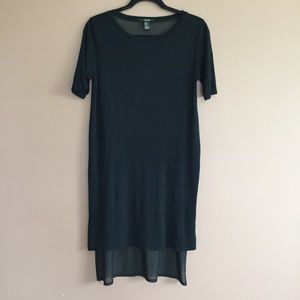 Knee length sheer back tshirt