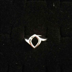 Jewelry - Sterling Silver Ring Sz.9
