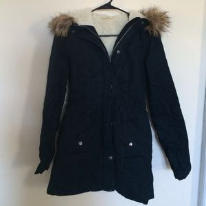 Hollister Jackets & Blazers - Like new navy hollister Parker jacket