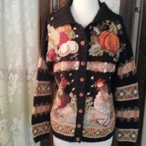 heirloom collectibles Sweaters - Heirloom collectibles black cardigan with design