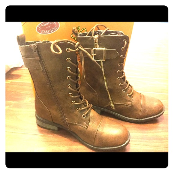 33% off Passion for Fashion Shoes - Brown Combat Boots (laces ...