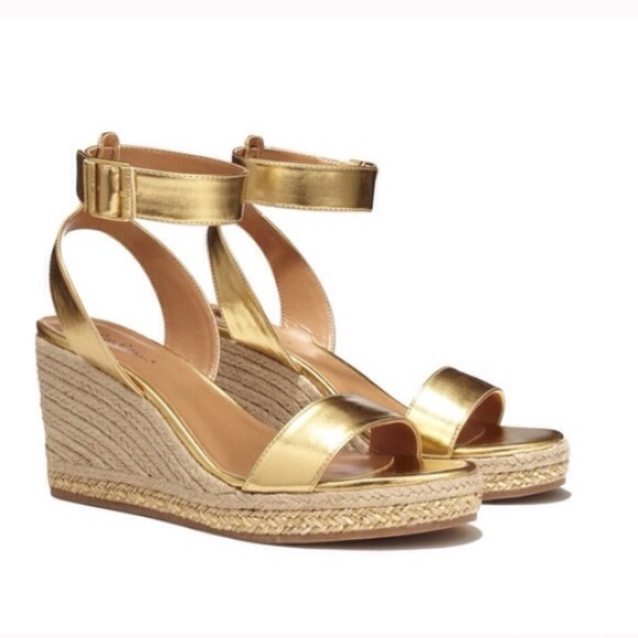 aa4c6e42076 🎉HOST PICK🎉 Lilly + Target Gold Wedge Sandals