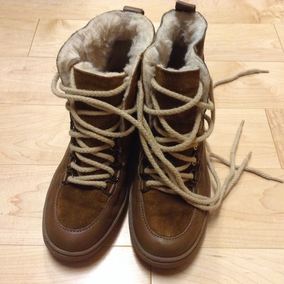 f7b6eedec4cf3 Zara leather winter boots