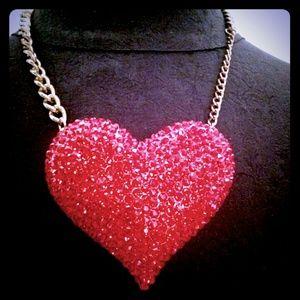 Jewelry - SOLD! Beautiful Rhinestone Heart Necklace