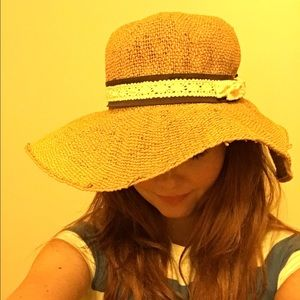 faea1eabe48 Anthropologie Accessories - Anthropologie sun hat by San Diego Hat Co.