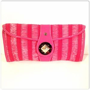 kate spade Accessories - 📌SOLD📌Kate Spade Woven Straw Large Clutch