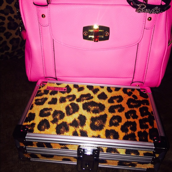14149259d0b9 Handbags - Hot pink nee me tons and leopard lockbox bundled .