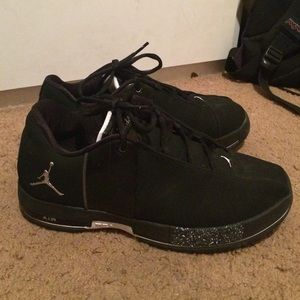 a67236b03e1 Jordan Shoes - Jordan Team Elite II Low