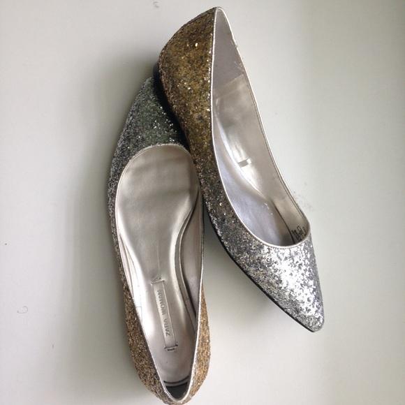 0675ed8363a5 Zara Silver   Gold Glitter Pointed Flats •
