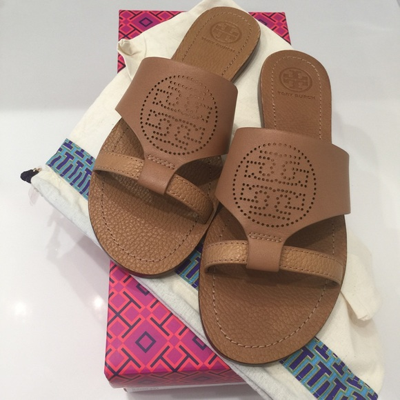 61ef3792fc564a Brand New With Tags Tory Burch sandals size 7.5