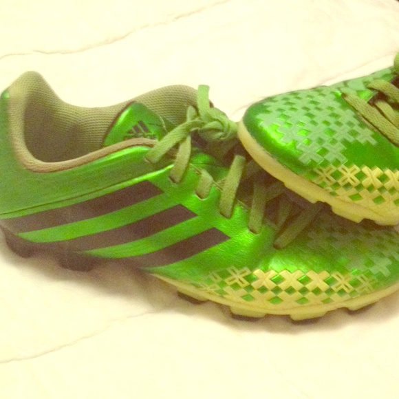 Adidas zapatos Boys soccer cleats poshmark