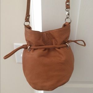 HOBO Bags - Hobo international Small Bucket bag Crossbody a812ec835abc8