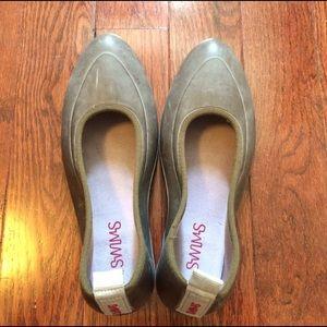 SWIMS Shoes - SWIMS unisex classic overshoe galoshes