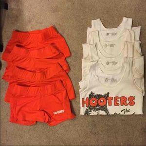 Hooters Uniform For Sale 36