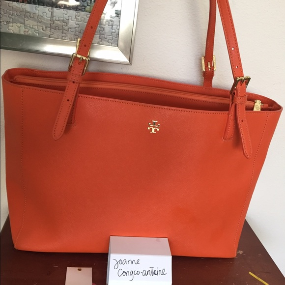 2b08865fb9bf Tory Burch York Buckle Tote in Mandarin Orange. M 55fda3e2b4188e76910132ea