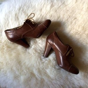 Shoes - Brown Oxford Booties