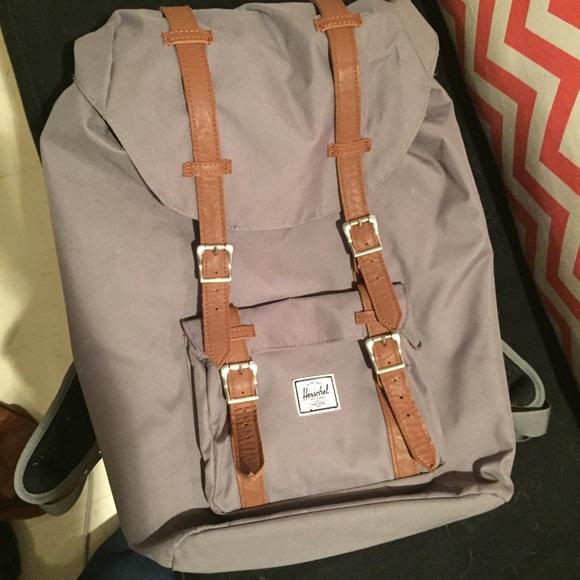 2b4cb28bfe46 Herschel Supply Company Handbags - Herschel little America Backpack (Mid  volume)