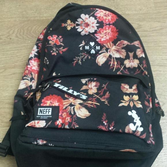 25390b41ec5 Neff Disney collection Minnie backpack