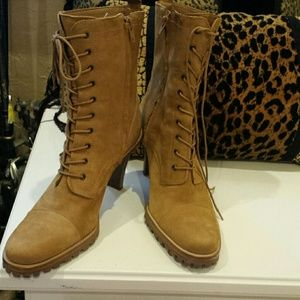 Gianni Bini suede boots with box