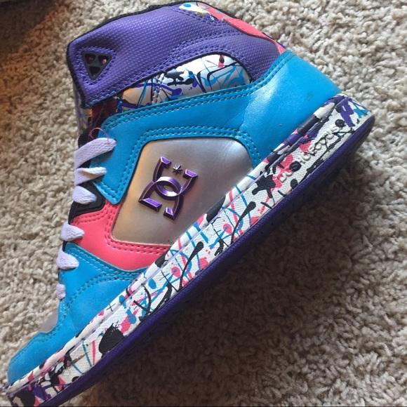 dc shoes splatter paint skate poshmark rh poshmark com DC Shoes Logo Graffiti Colorful Ink Splatter Paint