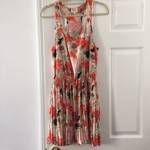 Pleated racetrack floral dress